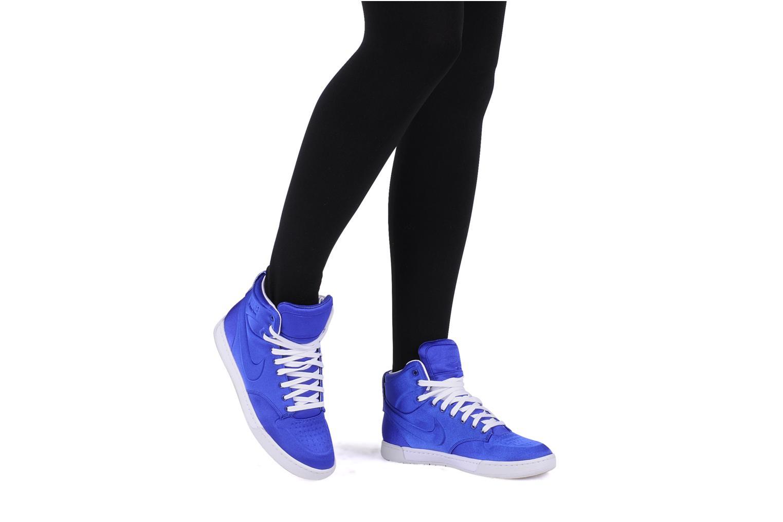 Sneaker Nike Wmns nike air royalty mid vt grau ansicht von unten / tasche getragen