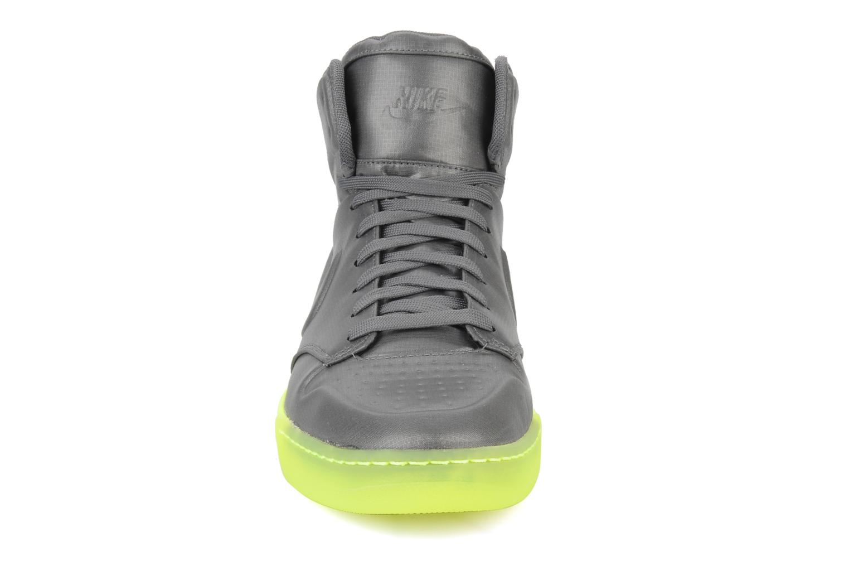 Sneaker Nike Wmns nike air royalty mid vt grau schuhe getragen