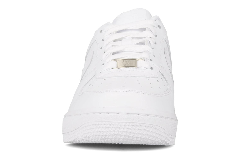 Baskets Nike Air force 1 '07 le Blanc vue portées chaussures