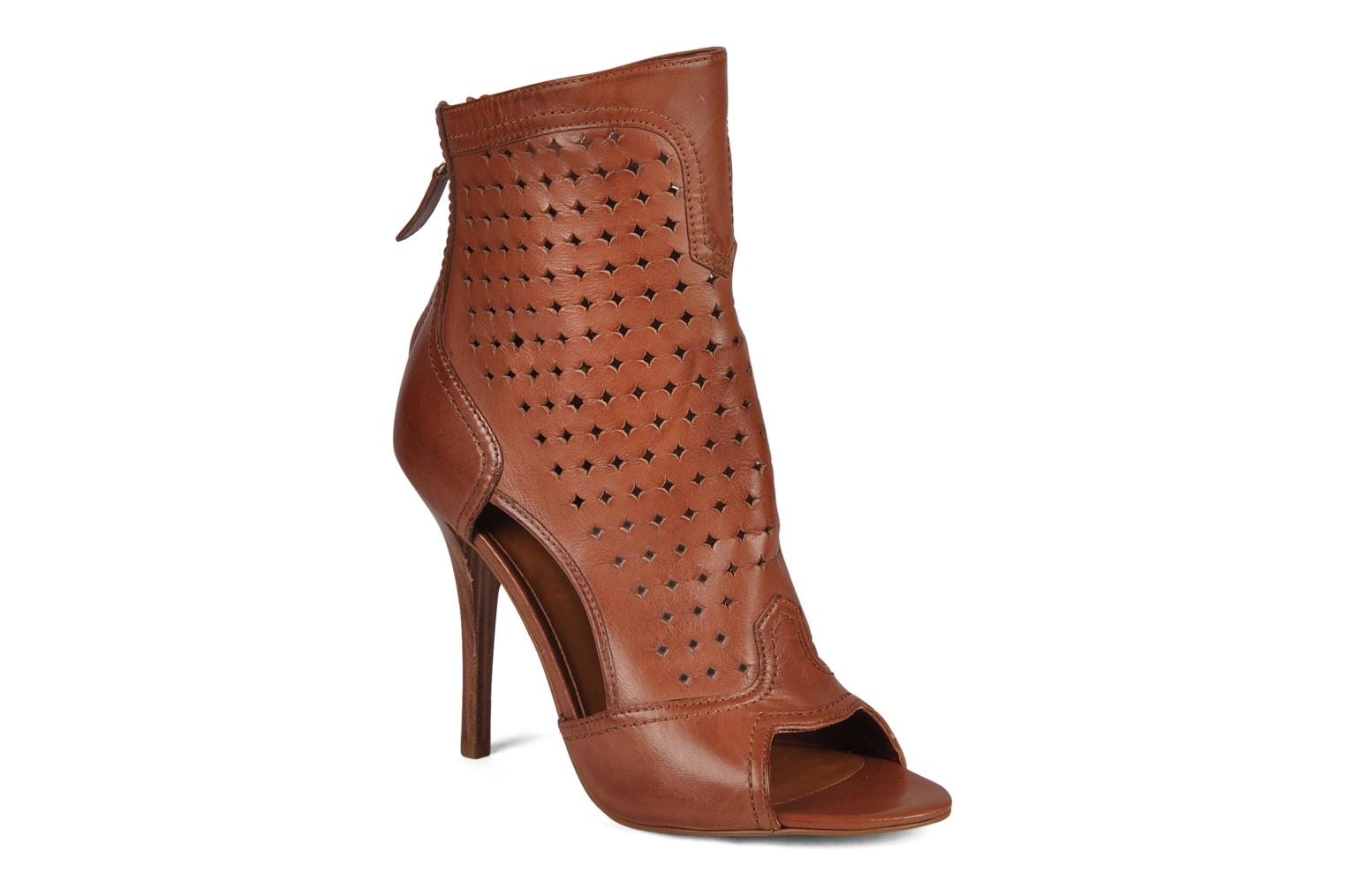 Ankle boots Guess Odious Brown detailed view/ Pair view