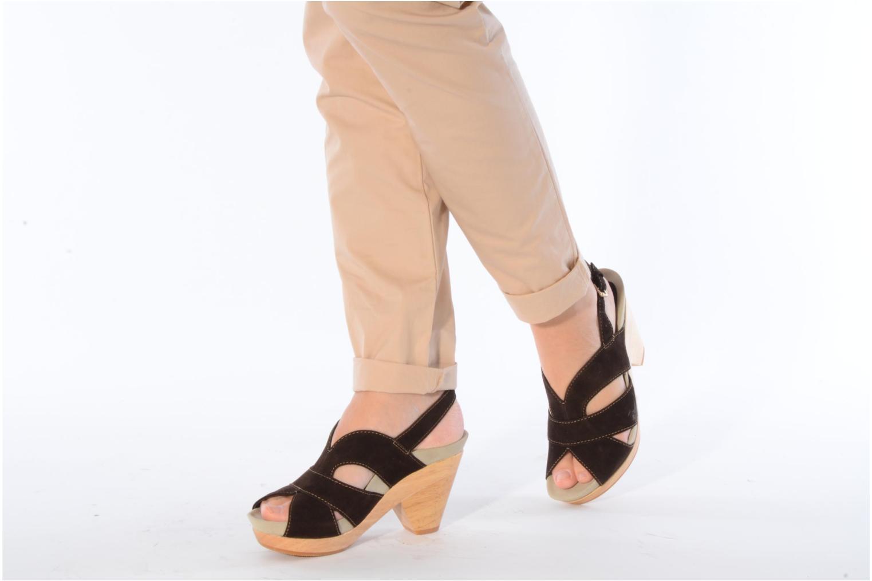 Sandales et nu-pieds Kalso Earth Monaco Marron vue bas / vue portée sac