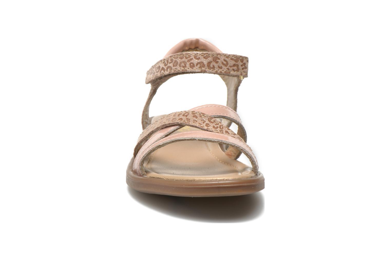 Sandales et nu-pieds Mod8 Jelguy2 Beige vue portées chaussures