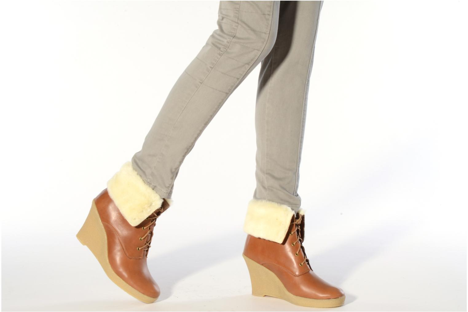 Ankle boots Mellow Yellow Kafka Brown view from underneath / model view