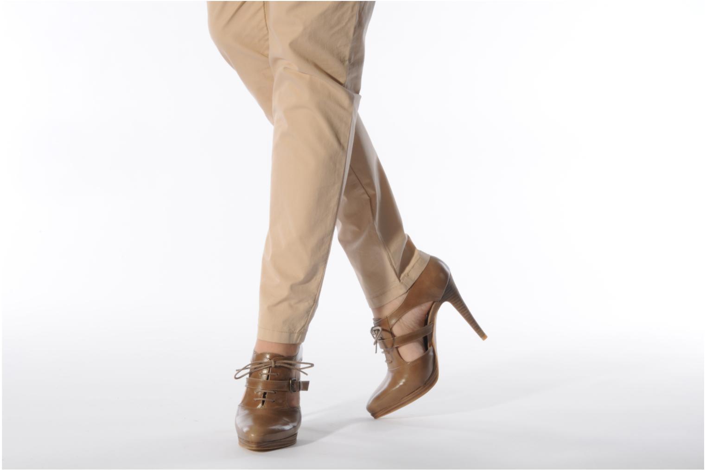 Stiefeletten & Boots Georgia Rose Hanie braun ansicht von unten / tasche getragen