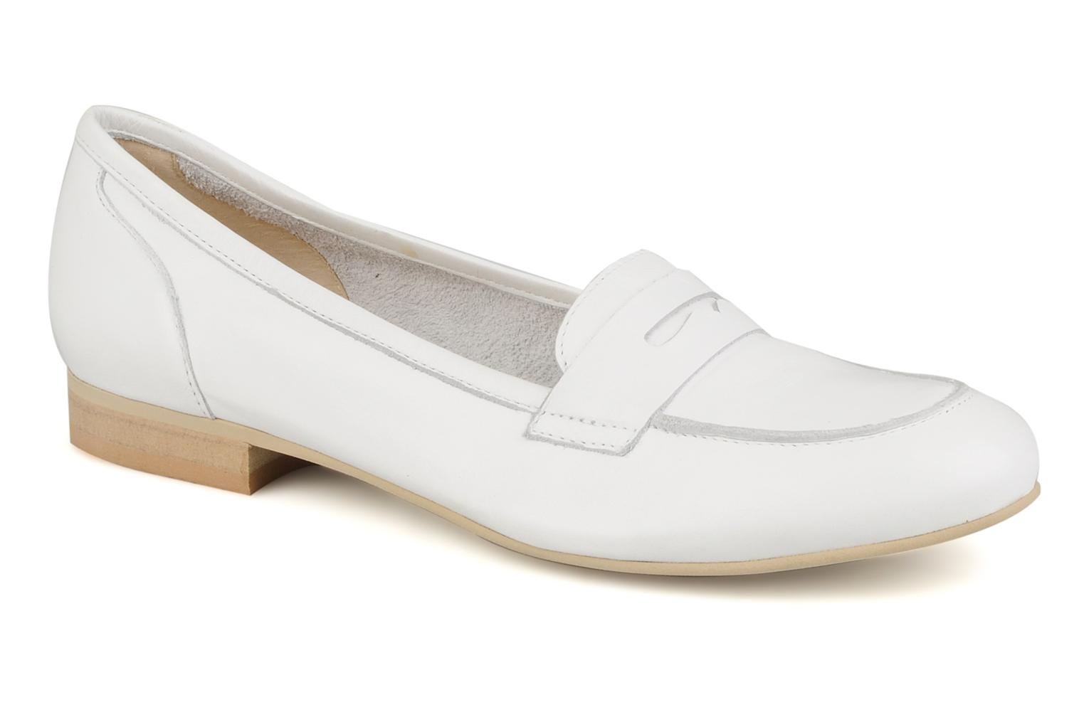 Loafers Georgia Rose Afuro White detailed view/ Pair view