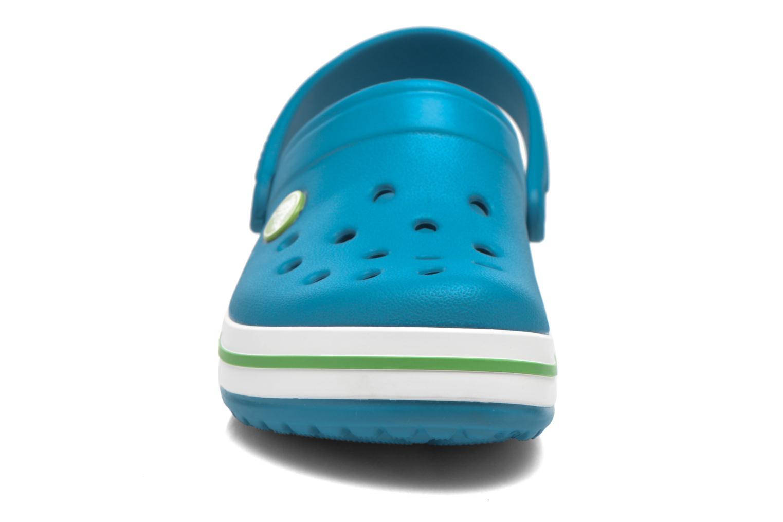 Sandali e scarpe aperte Crocs Crocband kids Azzurro modello indossato