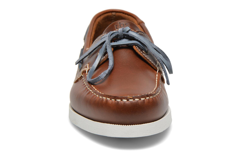 Chaussures à lacets TBS Phenis Marron vue portées chaussures