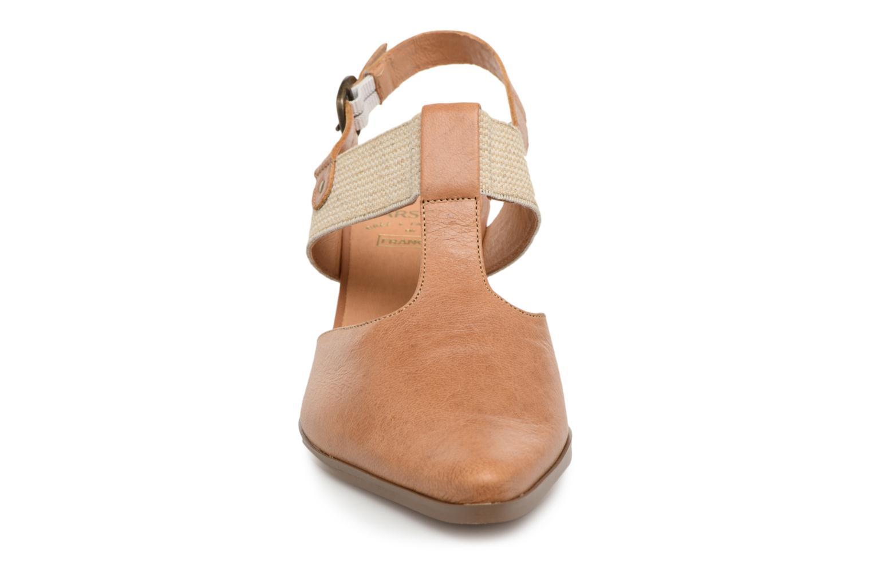 Escarpins Karston Kzam Marron vue portées chaussures