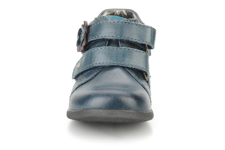 Chaussures à scratch Stones and Bones Sofi Bleu vue portées chaussures