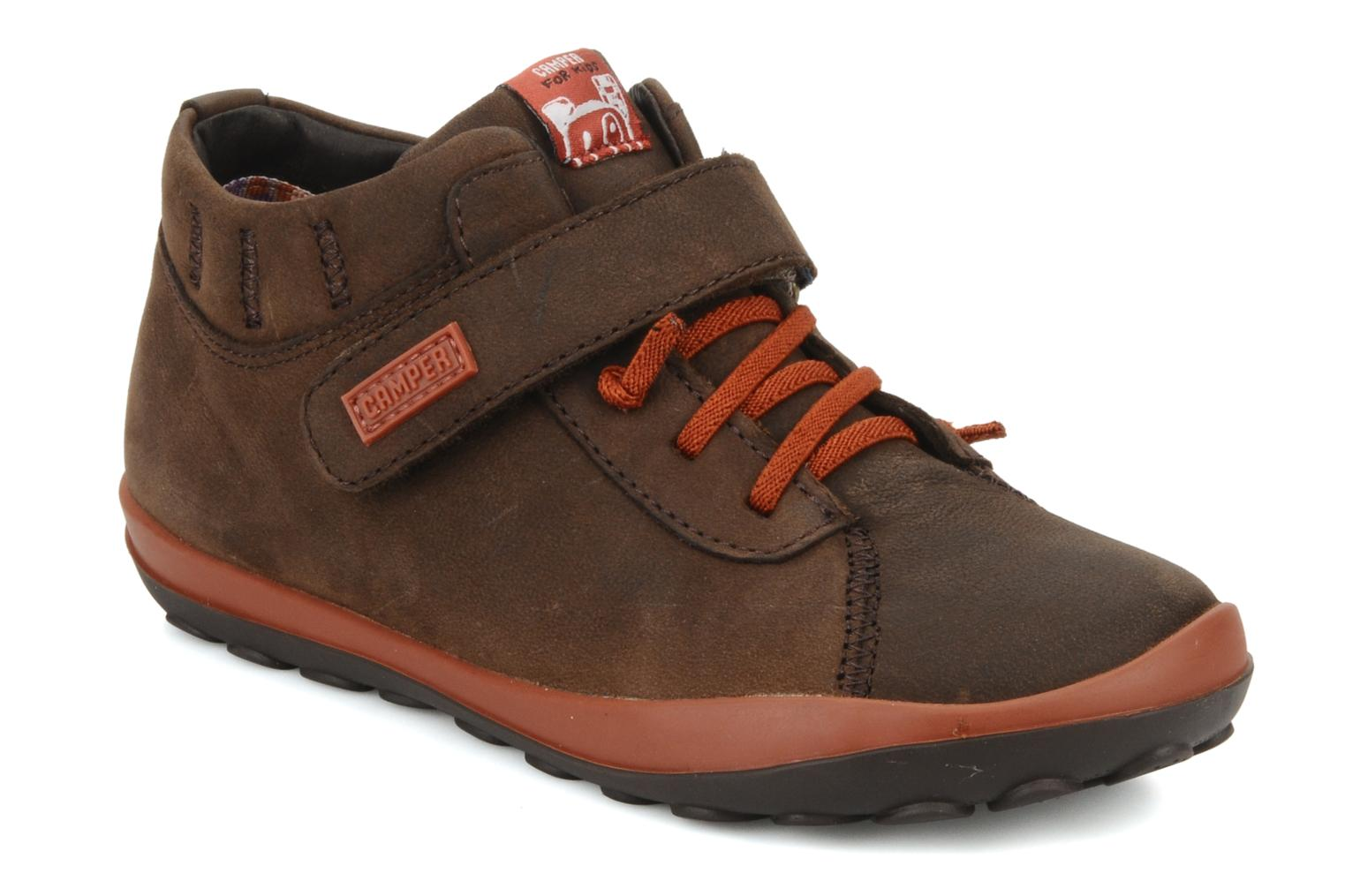 Trainers Camper Peu pista 90151 Brown detailed view/ Pair view