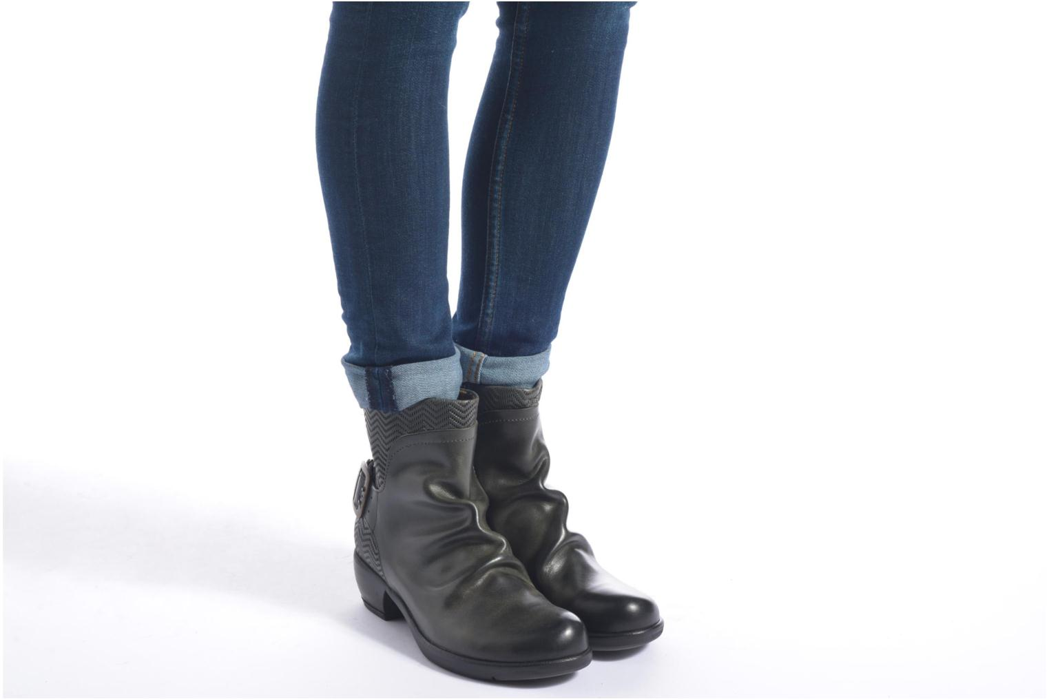 Ankle boots Fly London Mel Black view from underneath / model view
