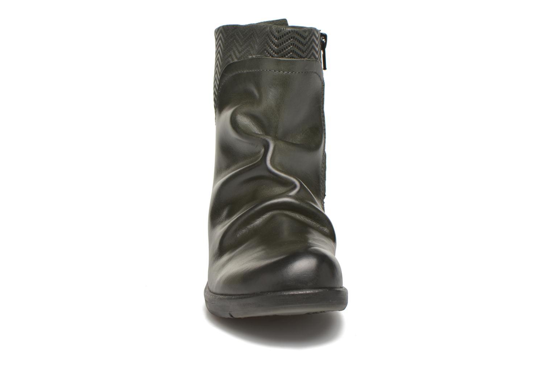 Boots en enkellaarsjes Fly London Mel Zwart model