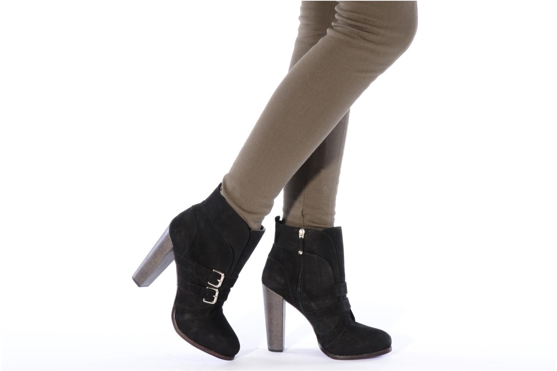 Stiefeletten & Boots Miezko Minko schwarz ansicht von unten / tasche getragen
