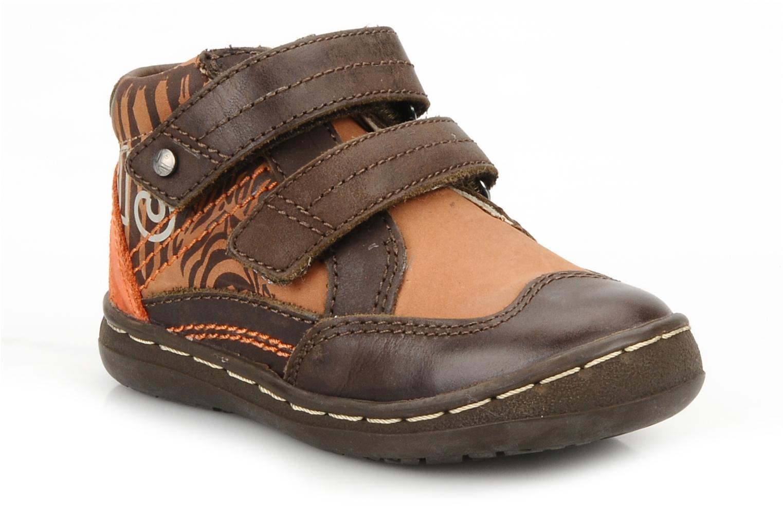 Zapatos con velcro Kickers Maellig Marrón vista de detalle / par