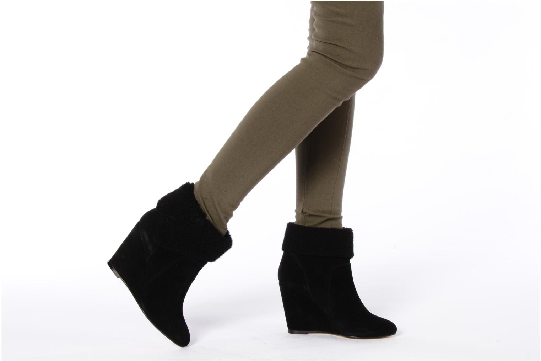 Stiefeletten & Boots Tila March Wedge booty origami sherling schwarz ansicht von unten / tasche getragen