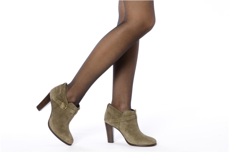 Stiefeletten & Boots Tila March Booty strap suede grün ansicht von unten / tasche getragen