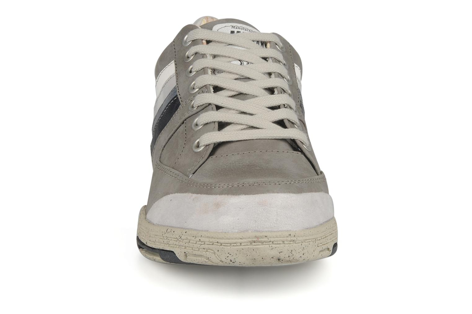Trainers Mustang shoes Jilio Grey model view