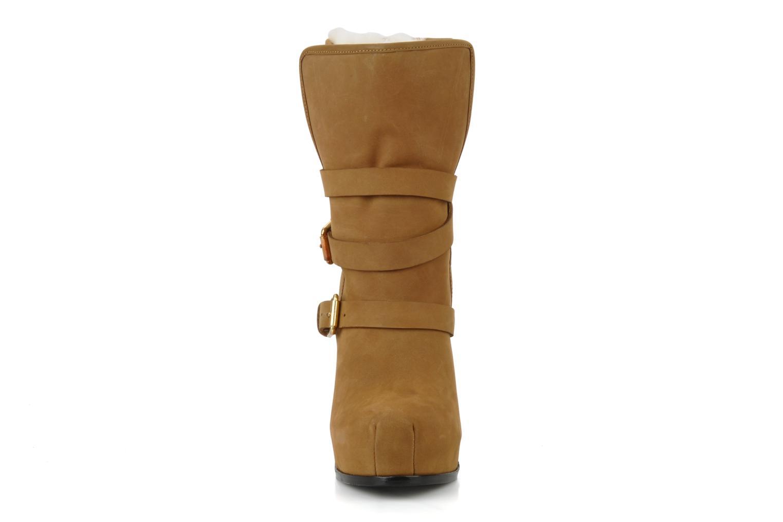 Bottines et boots Pour La Victoire Lizzie Marron vue portées chaussures