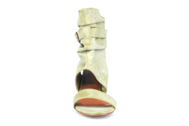 Sandales et nu-pieds Spot On Marila Vert vue portées chaussures
