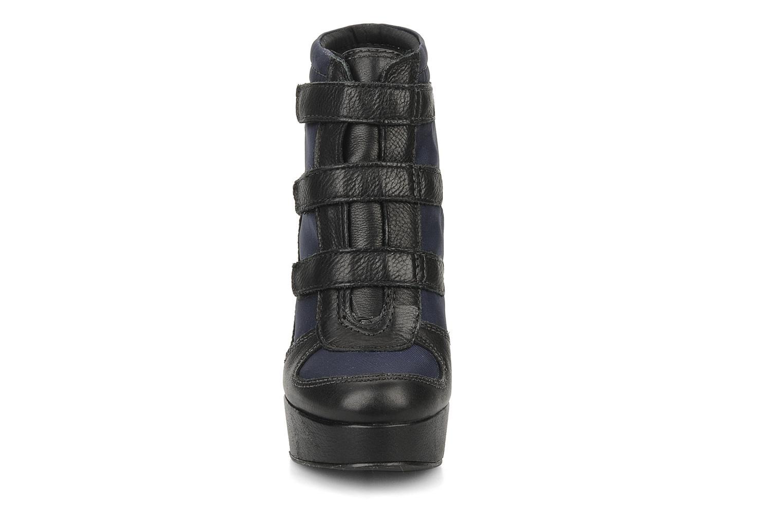 Bottines et boots Carvela Sybil Noir vue portées chaussures