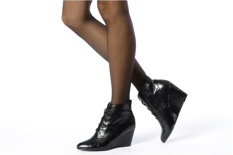Bottines et boots Georgia Rose Nara Noir vue bas / vue portée sac