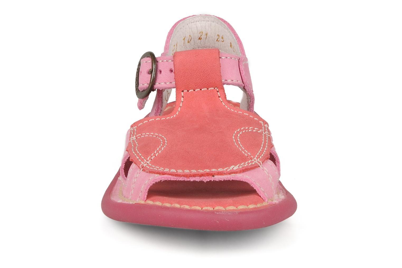Sandales et nu-pieds Kickers Mitsy Rose vue portées chaussures