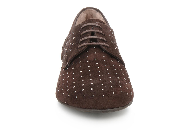 Chaussures à lacets Georgia Rose Perly Marron vue portées chaussures