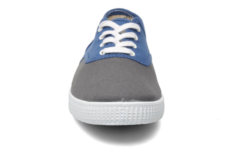 Baskets Victoria Victoria bicolore m Bleu vue portées chaussures