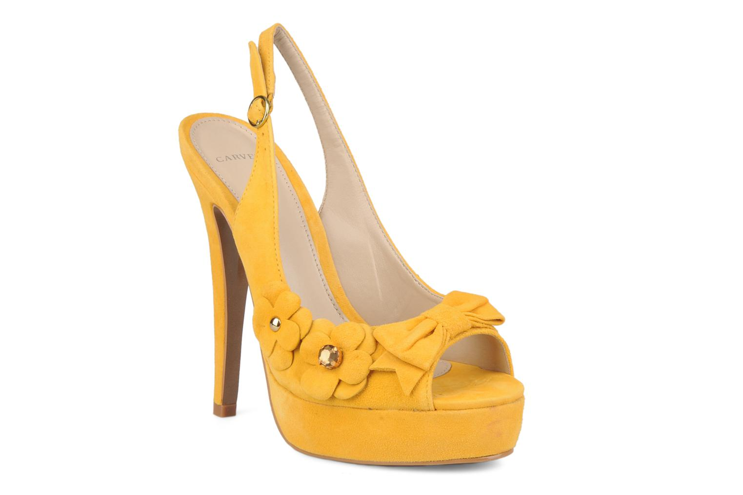Sandals Carvela Gypsy Yellow detailed view/ Pair view