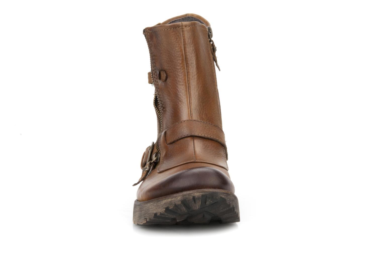 Boots Kalso Earth Diablo Brun bild av skorna på