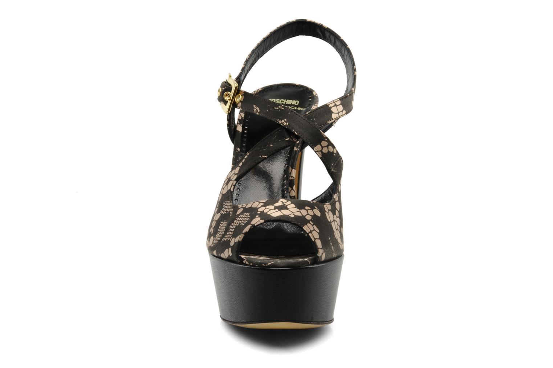 Sandalen Moschino Cheap & Chic Viviane schwarz schuhe getragen