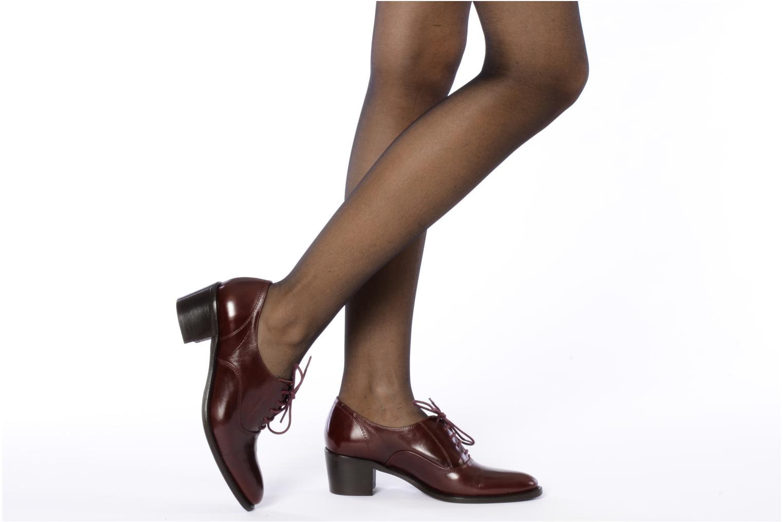 Chaussures à lacets Georgia Rose Daporo Bordeaux vue bas / vue portée sac