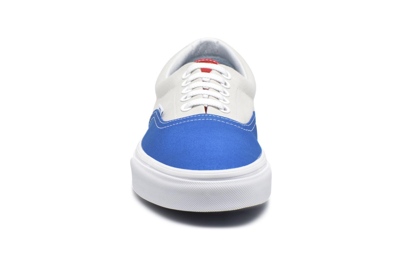 Baskets Vans Era Blanc vue portées chaussures