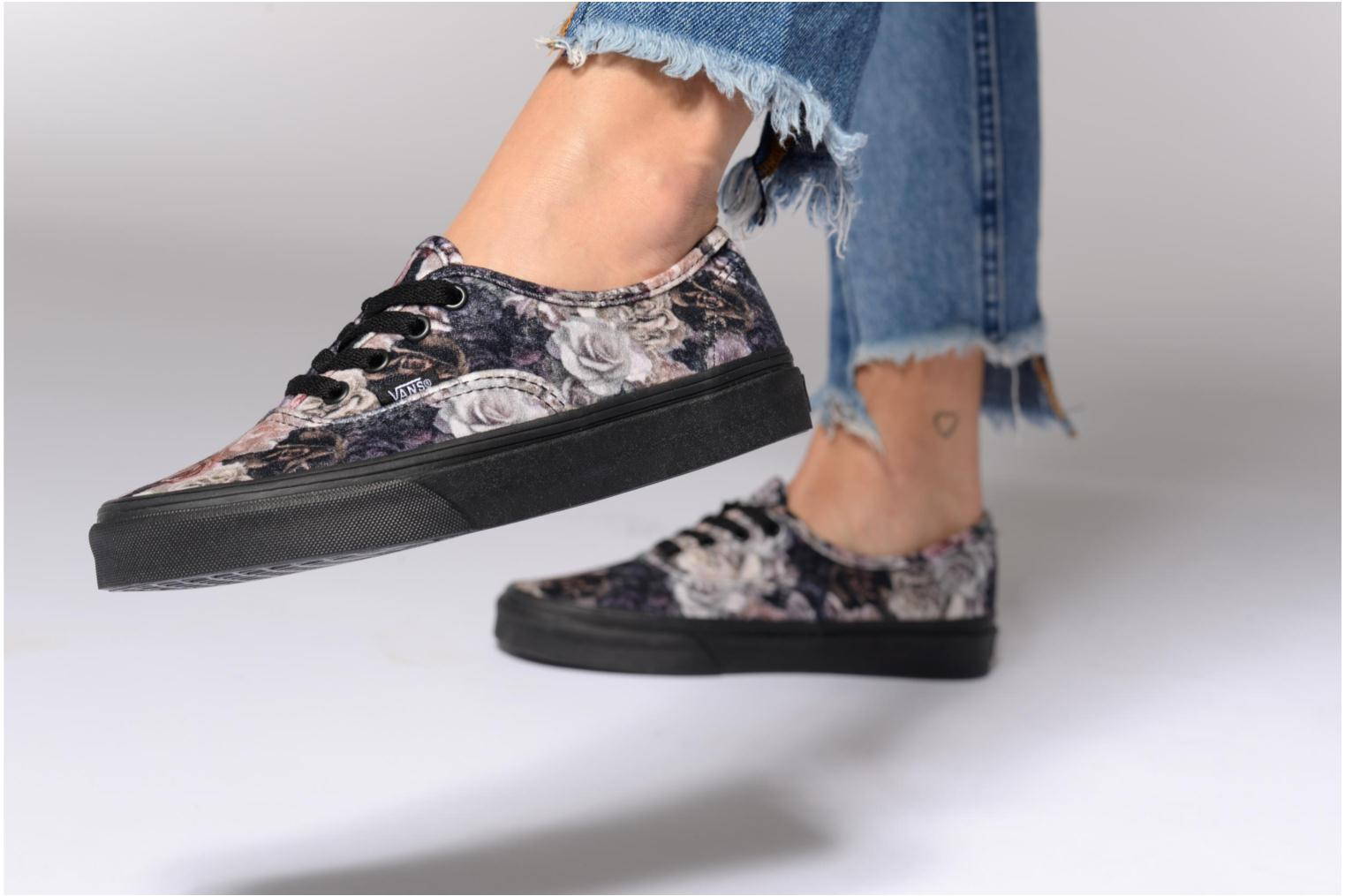 Baskets Vans Authentic w Violet vue bas / vue portée sac