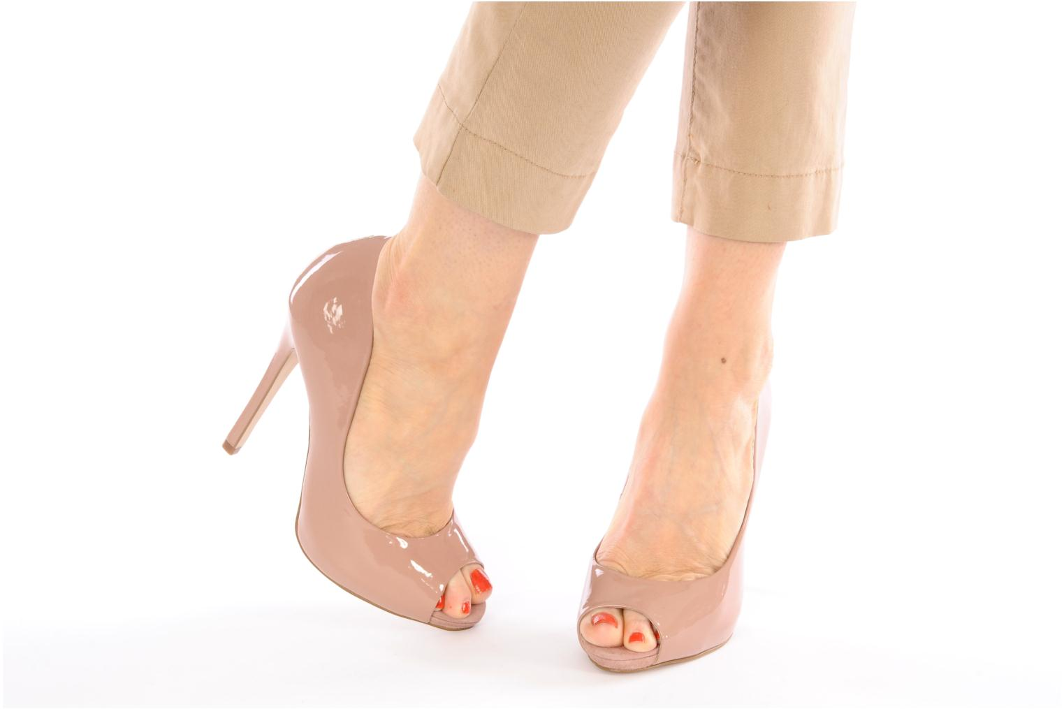 High heels Carvela AUSTRALIA Pink view from underneath / model view