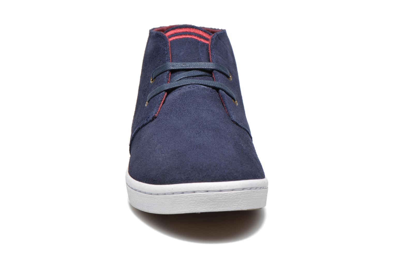Sneaker Fred Perry Byron Mid Suede blau schuhe getragen