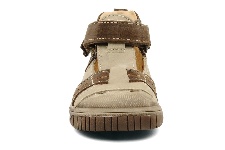 Baskets Babybotte Sheridan Beige vue portées chaussures