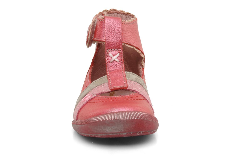 Sommarskor Babybotte Sibel Röd bild av skorna på