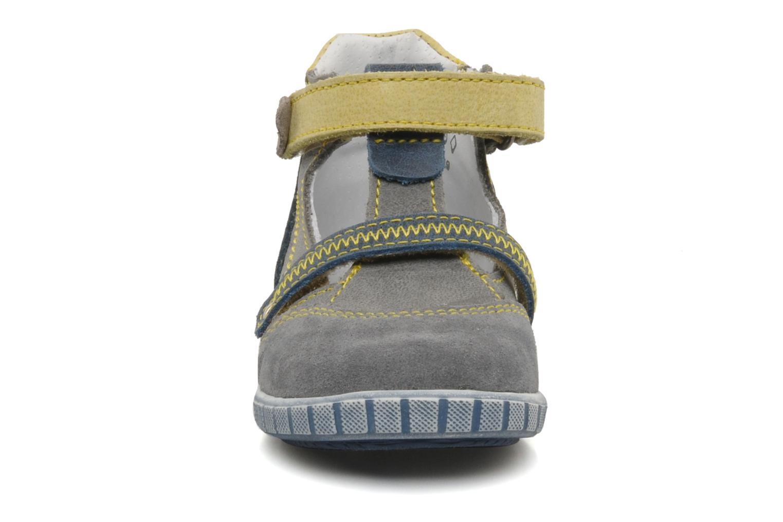 Bottines d'été Little Mary Jaloux Gris vue portées chaussures