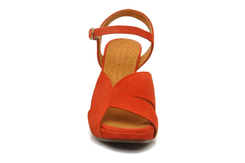 Sandali e scarpe aperte Chie Mihara Xoni Arancione modello indossato