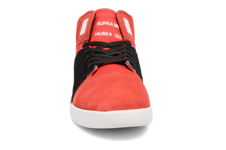 Zapatillas de deporte Supra Skytop III Rojo vista del modelo