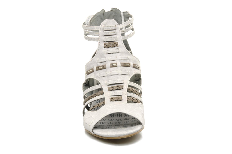 Sandales et nu-pieds Mustang shoes Momine Blanc vue portées chaussures