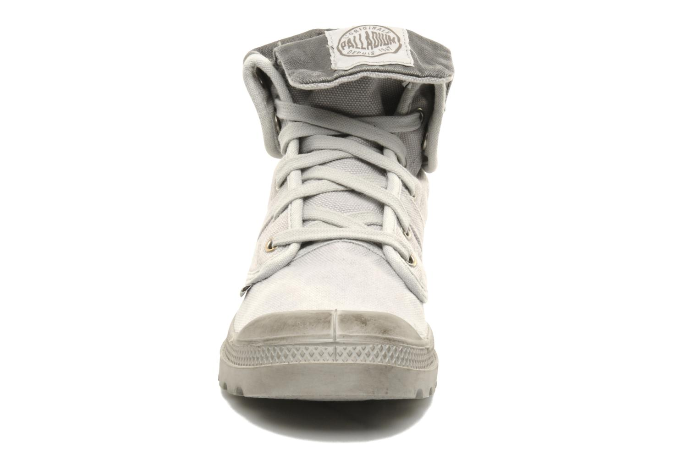Baskets Palladium Us Baggy H Gris vue portées chaussures
