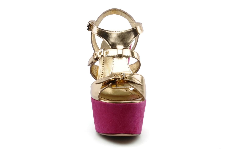 Sandalias Moschino Cheap & Chic Cepale Multicolor vista del modelo