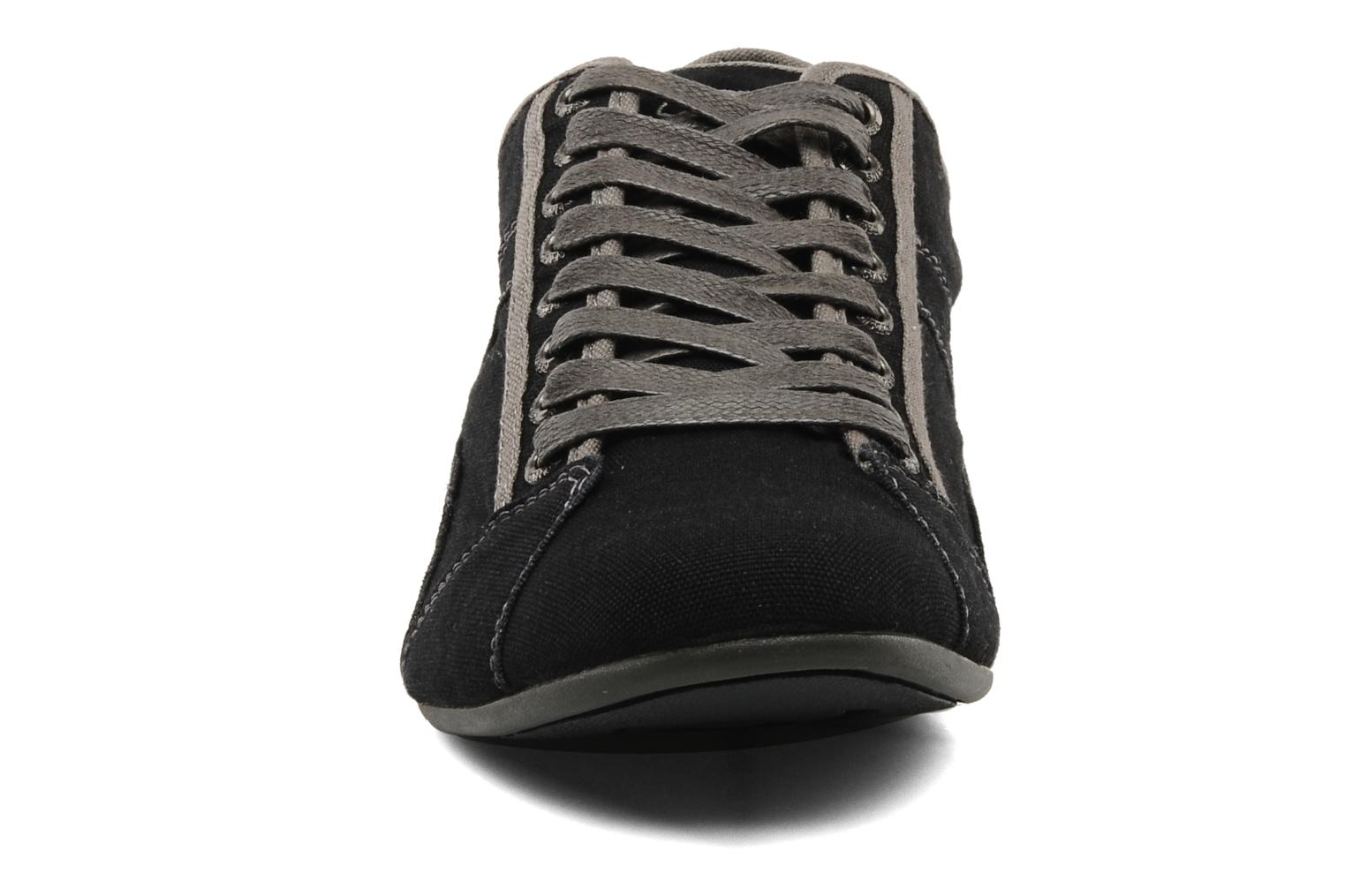 Trainers Redskins Tempo Black model view