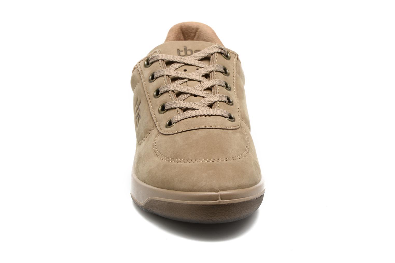 Sneaker TBS Easy Walk Brandy braun schuhe getragen