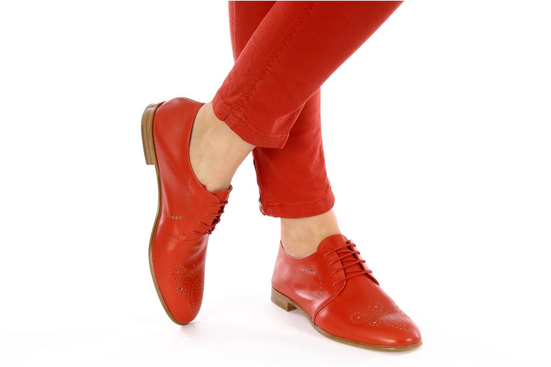 Schnürschuhe Fratelli Rossetti Martina rot ansicht von unten / tasche getragen