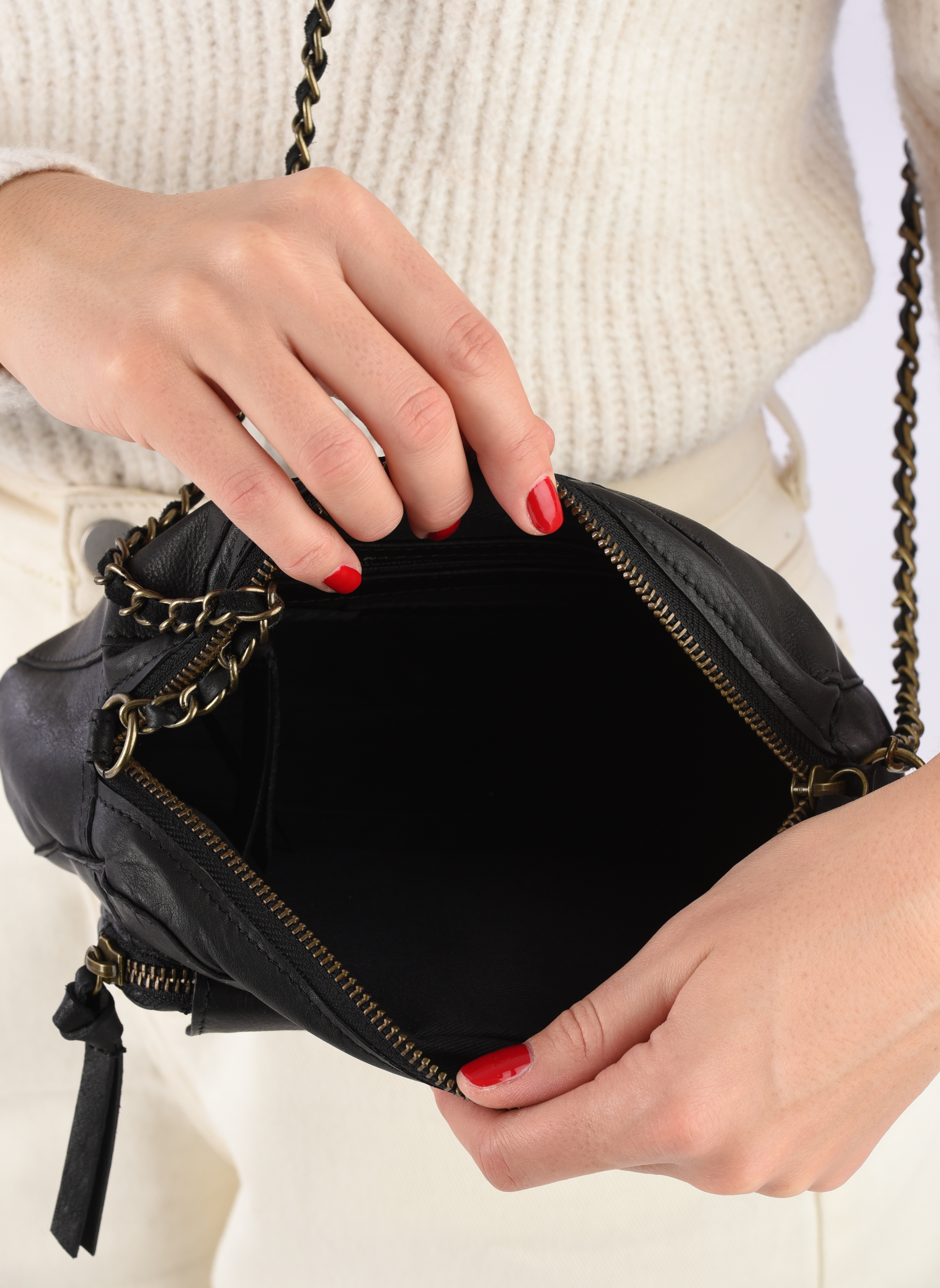 Bolsos de mano Pieces Naina Leather Crossover Negro vistra trasera