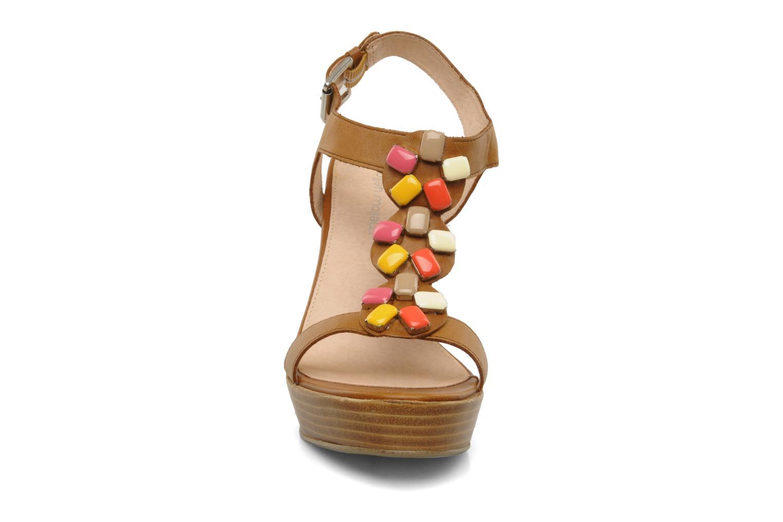 Sandales et nu-pieds Mellow Yellow Labeille Marron vue portées chaussures