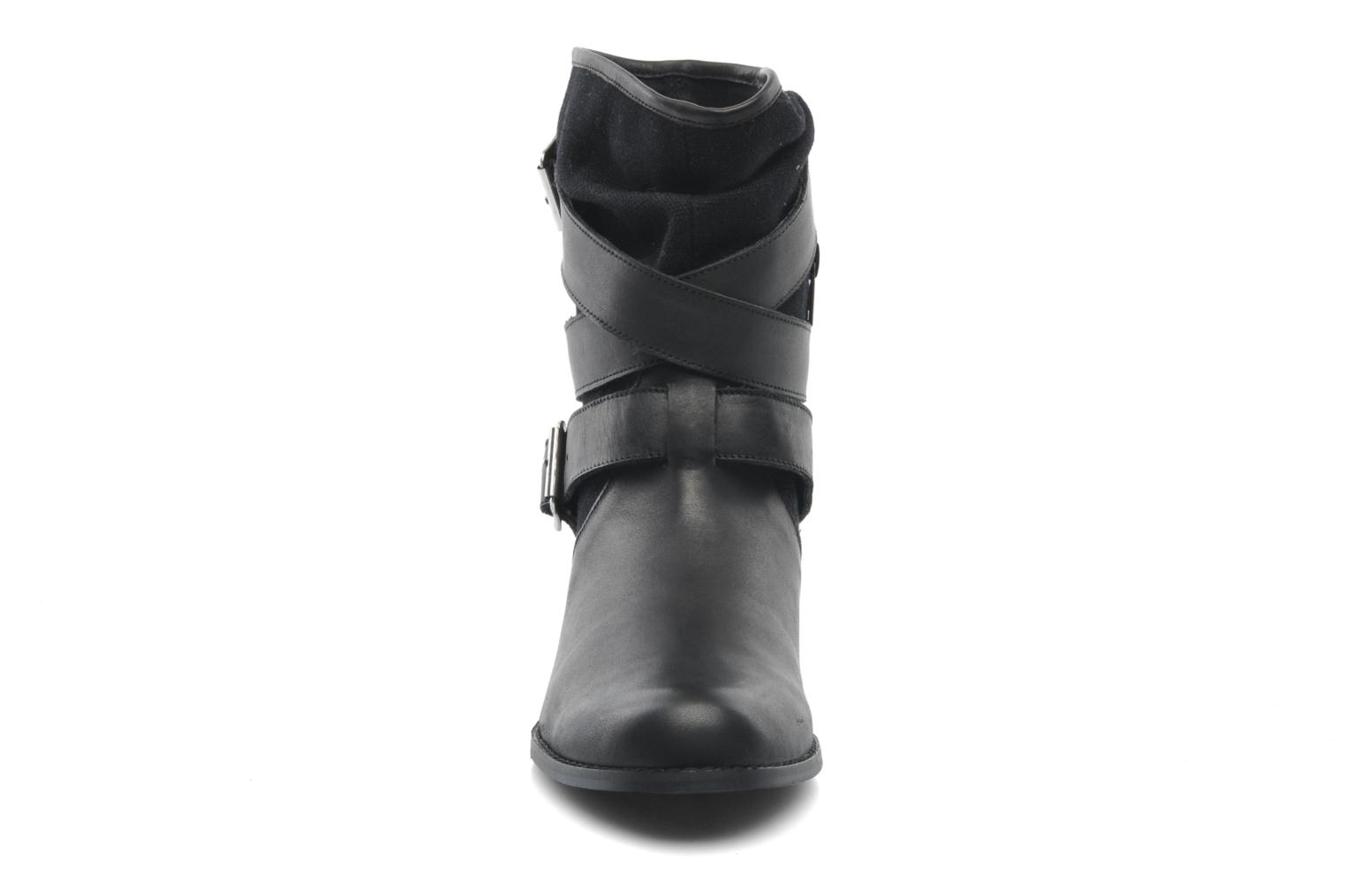 Ankle boots Mellow Yellow Badilla Black model view